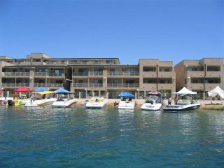 "KingsView condos ""Steps away from the Channel"", Lake Havasu City"