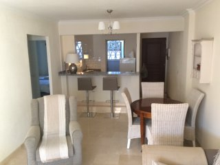 Apartment in Riviera Del Sol 2 Bedrooms, Sleeps 4 People, close to beach.