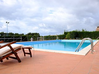Magnificent villa with pool, Cerveteri