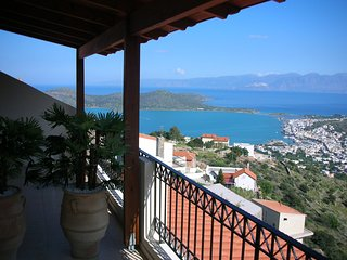 Villa Oleander- fabulous views -very private- pool