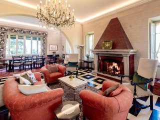 ELEGANT COUNTRY LIVING NEAR ROME, DAILY BREAKFAST & HOUSEKEEPING