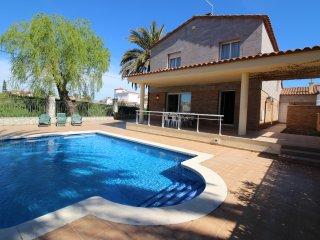 Apart-rent (0145) Villa al canal piscina & amarre Empuriabrava