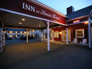 Inn at Swan River