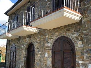 Villa Carolina, Ogliastro Marina