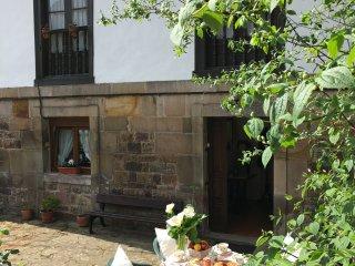 Casa de Alquiler con Encanto en un entorno tranquilo, Treceno