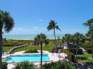 Sand Pointe #233: Stunning 3rd Floor Gulf Front 2B / 2B off WGD on the Beach!, Sanibel Island