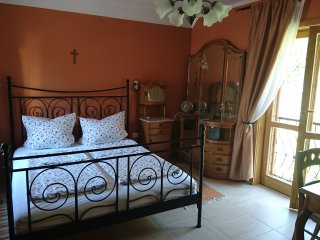 Mandula Villa Apartment Ferienwohnung mit Garten in Pecs Zentrum Belvaros City