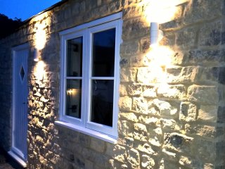 The Dovecote Cottage, Stoke Bruerne, a lovely new stone cottage near the canal