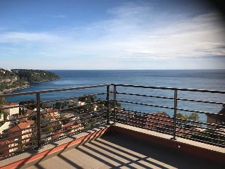 2 bedrooms Sea View Pool Monaco board