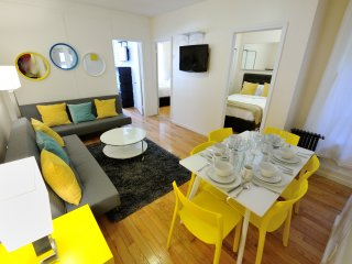 Downtown luxury 3bdr 1bath Apt! #8972