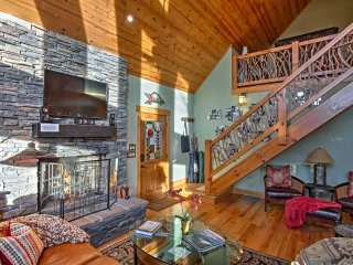 Private, Designer Luxury, Highlands 3BR Cabin