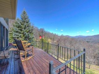 Burnsville House w/ Deck & 180-Degree Mtn Views!