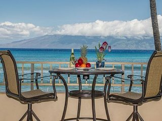 PAKI MAUI #102, Great Location, Beautifully Updated Direct Oceanfront Unit!
