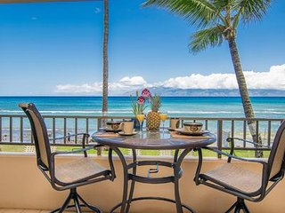 PAKI MAUI RESORT #102A, Great Location, Upgraded & Spacious Oceanfront Studio!