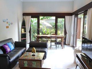 Amazing secure Villa, great location, 10 minute walk to Bintang supermarket.