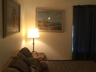 N PHX Apt.1bd/Bath/Entr.Pvt/Pool/ 30 day stay Save$$$/ MtnSideHomeHike, Phoenix