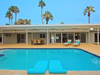 Midcentury Magic, Palm Springs