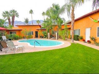 Luxury Palm Springs Casa Ranchero Condo lII