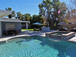 Sunny Retreat, Palm Desert
