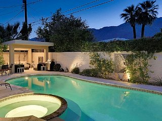 Modern Vibe Bungalow, Palm Springs