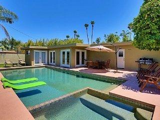 Palm Desert Pool Retreat