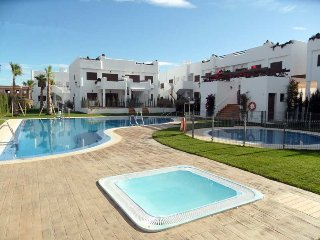 Mar De Pulpi 27 (Las Azaleas). Luxury apartment. 8 mins walk to the beach. WIFI.