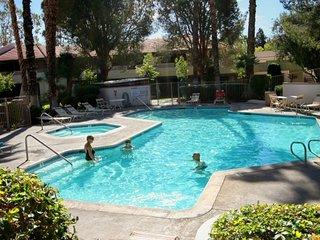 Palm Springs Villas Garden Condo
