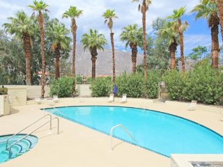 Downtown Village Townhome, Palm Springs