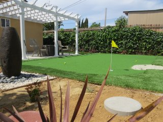 New Entertainer Home w/ Putting Green Golf, Santa Ana