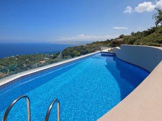 Omikron Seaview Villa, Rodia Heraklion Crete