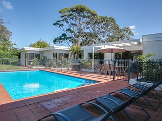 CHARLTON COURT PORTSEA (P*********) BOOK NOW FOR SUMMER BEFORE YOU MISS OUT