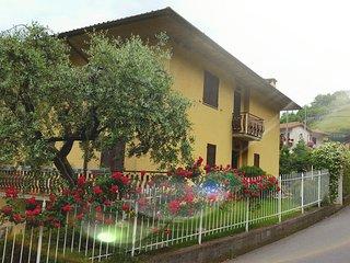 Casa Luz Pedretti, Tavernola Bergamasca