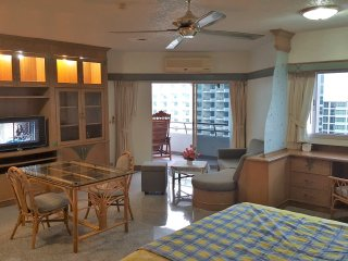 Ocean View Markland Condo Beach Road, Soi 1