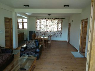 Room 5 Well furnished and Peaceful 3 BHK Cottage, Manali