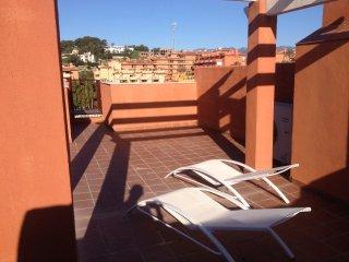 Lovely Penthouse In Urb. Reserva de Marbella
