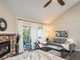 Fantastic location close to Bend and Mt Bachelor ski area