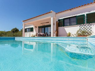 House - 9 km from the beach, Loule