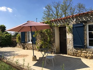 NEW! 'Le petit toit', gite in rural France