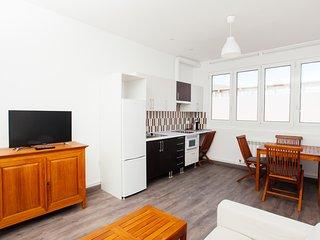 No 2 - Apartamento turistico nuevo al lado de San Sebastian