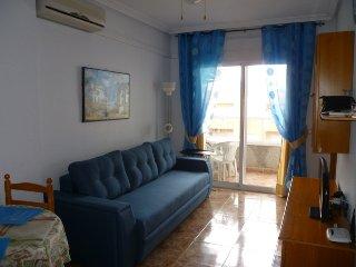 Apartamento moderno y comodo en el centro cerca de la playa del Cura, Torrevieja