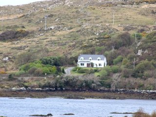 Cashel Bay Cottage