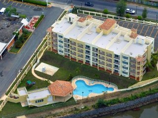 Casa Vasquez 1 Sea Beach Village ROOF DECK, POOL, BEACH, OCEAN VIEW, & BALCONY