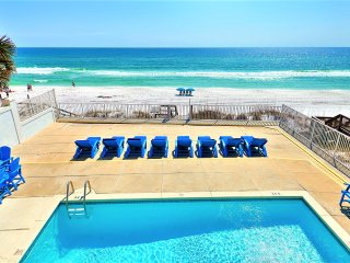 SPRING SPECIAL 15% OFF SOL MATE: BEACH FRONT w/ Views, Pool, Game Room!