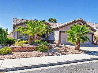 'The Zion' - 4BR Las Vegas House w/Pool!