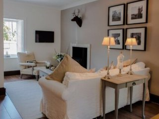 Braeside of Melrose, Romantic Retreat