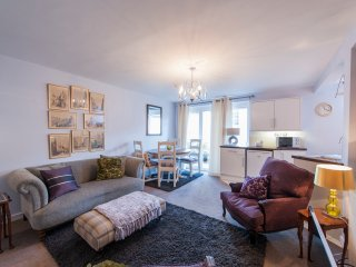 Lovely 2 Bdr Flat in the Heart of Stockbridge
