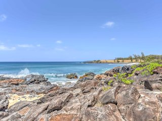 NEW! Upscale 2BR Kaluakoi Condo-West Molokai Coast!