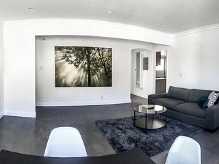 2BR: Modern Design, Spacious, Wired (85)