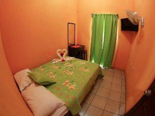 Apartamento Yaraas #6. 2 Piso / Vista al Volcán, La Fortuna de San Carlos