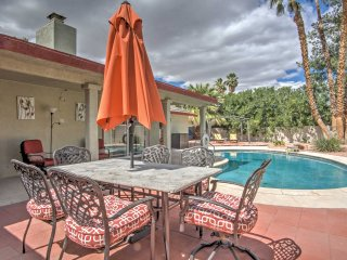 House w/Private Pool - 5 Mins from Las Vegas Strip